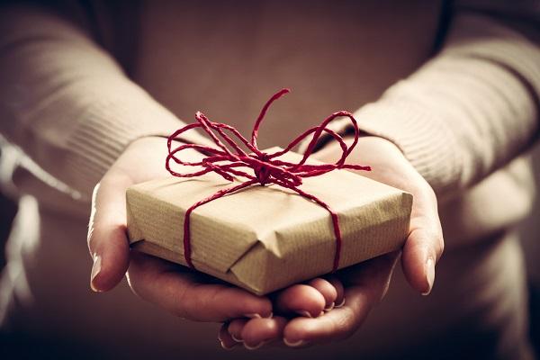 Cadeaux d'affaires et TVA : un seuil à connaître