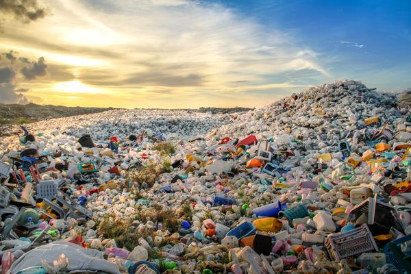 Economie circulaire : déchetteries et récupération de déchets générés par le recyclage
