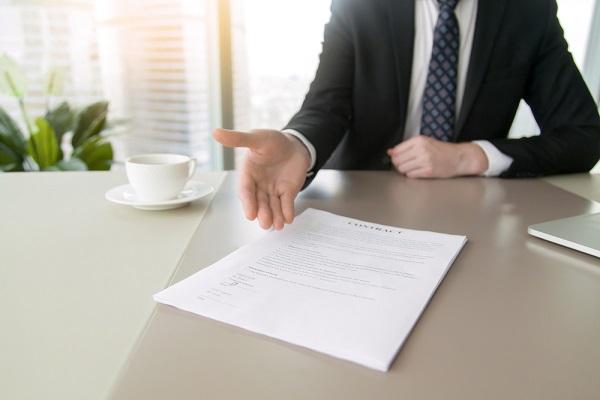 Modification du contrat de travail : refus du salarié = licenciement ?